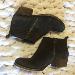 Lucky Brand Betwixt bootie size 7 EUC